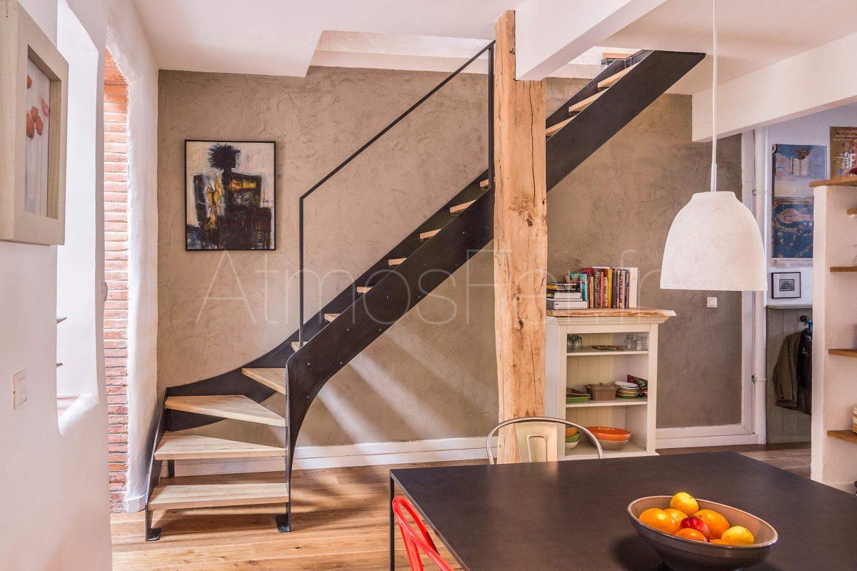escalier 1 4 tournant m tal et bois intemporel 3 atmos. Black Bedroom Furniture Sets. Home Design Ideas