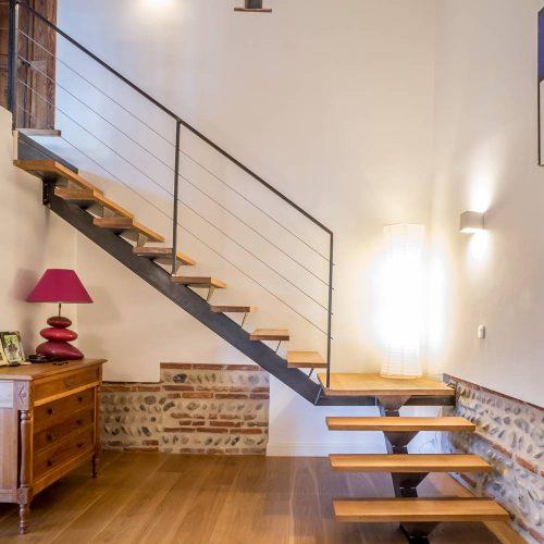 escalier limon central sur mesure toulouse atmos fer ferronnerie. Black Bedroom Furniture Sets. Home Design Ideas