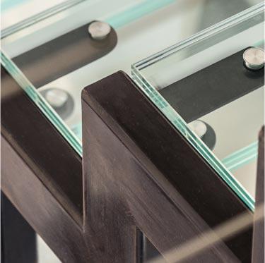 Création d'escaliers métal et verre sur mesure, Toulouse, 1/4 tournant, 2/4 tournant, colimaçon, limon central, double limon, plusieurs types de finition