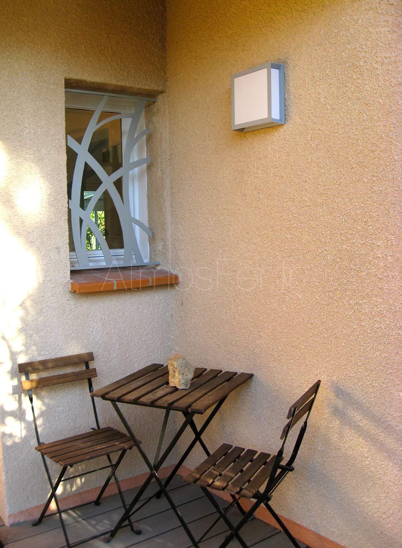 grille de fen tre sur mesure toulouse solidit et. Black Bedroom Furniture Sets. Home Design Ideas