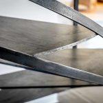 Création d'escalier métal sur mesure à Toulouse, 1/4 tournant, 2/4 tournant, colimaçon, limon central, double limon, plusieurs type de finition Crédit photo : Laurent Barranco